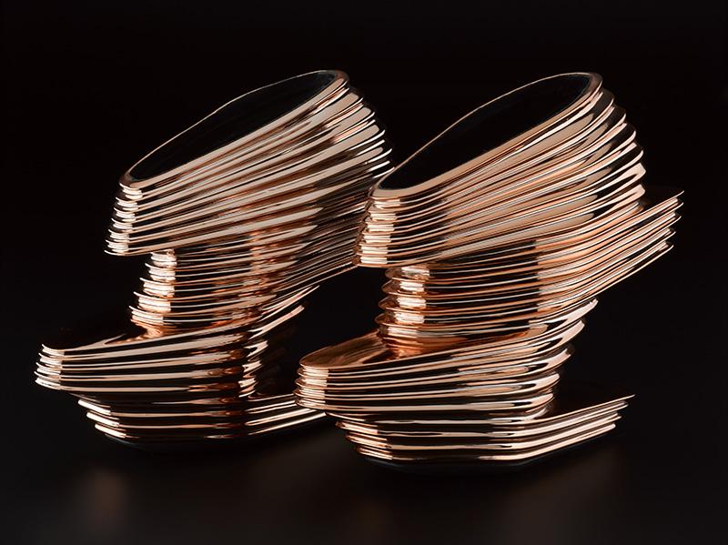 02-sapatos-metalicos-nova-de-zaha-hadid-e-rem-koolhaas