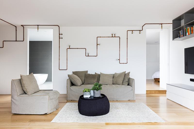 03-apartamento-mescla-estilo-escandinavo-e-industrial-sala-de-estar