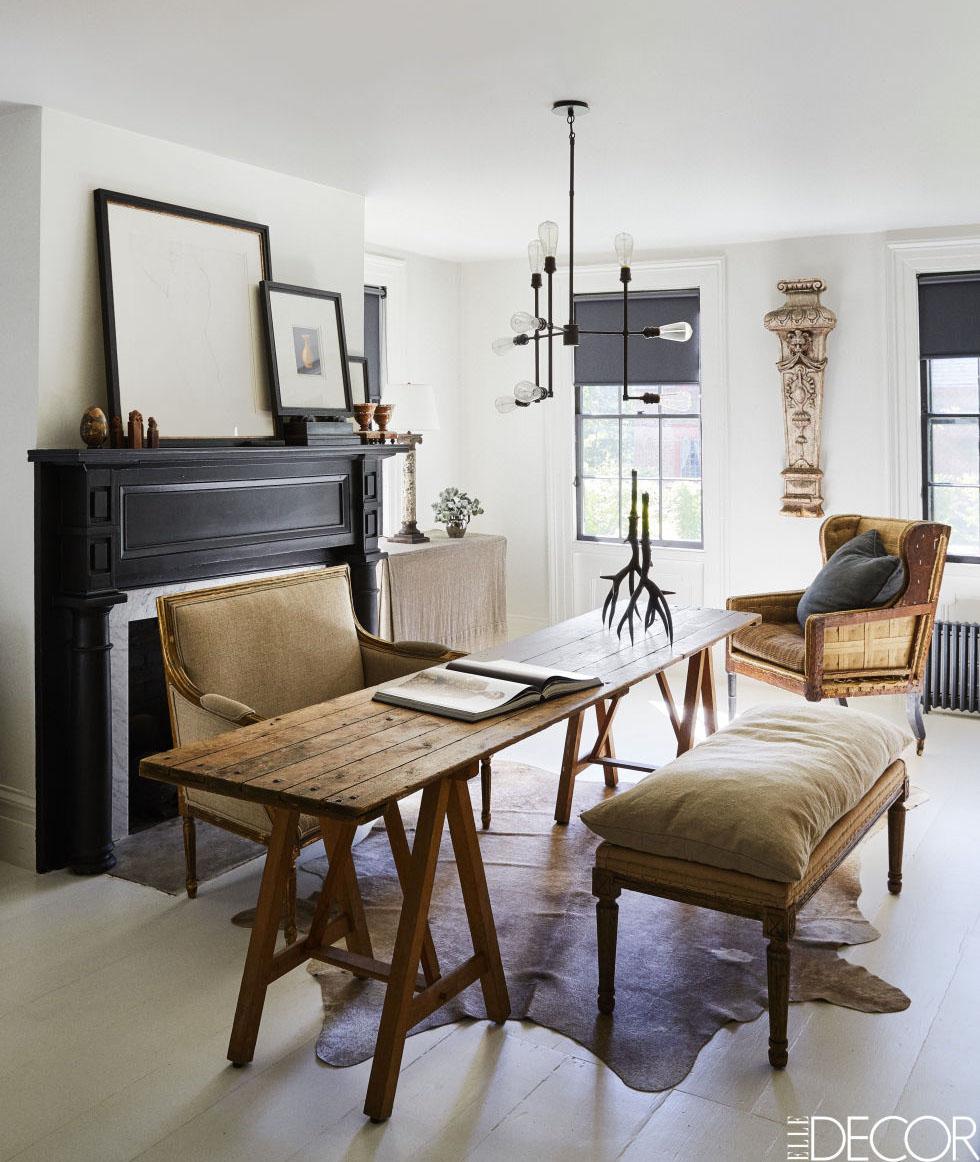 03-casa-de-campo-e-decorada-com-moveis-antigos-e-obras-de-arte