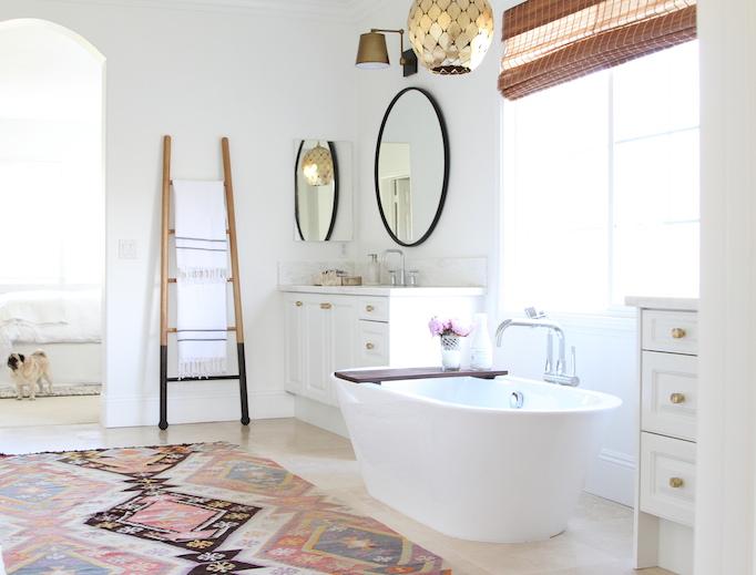 0301-banheiros-lavabos-com-decor-fora-obvio