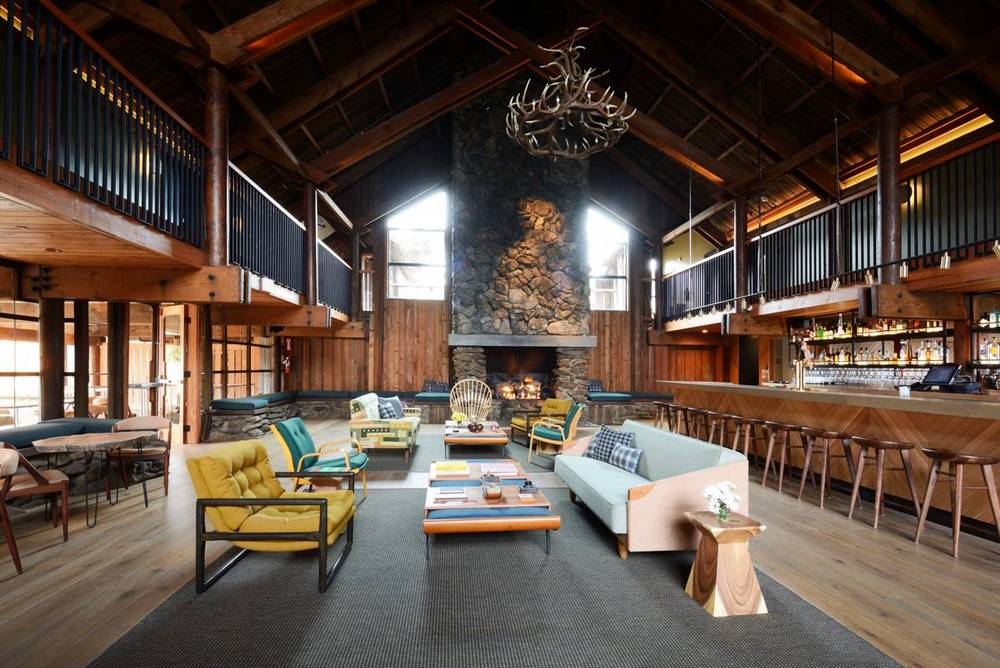03-timber-cove-novogratz-hotel-california