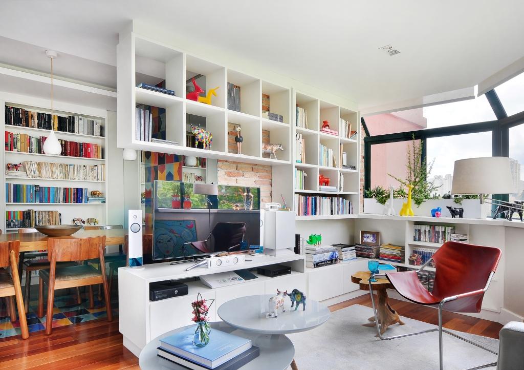 04-apartamento-ganha-layout-integrado-e-toques-de-cor
