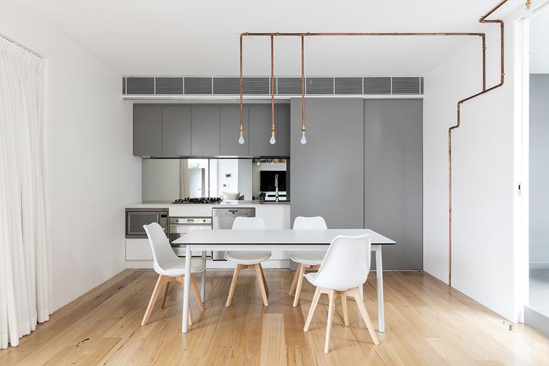 04-apartamento-mescla-estilo-escandinavo-e-industrial-cozinha