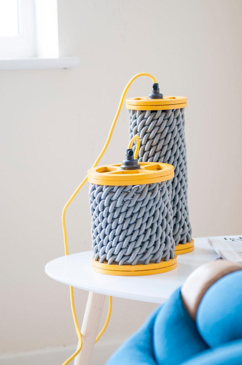 04-designer-combina-trico-e-tecelagem-com-formas-contemporaneas