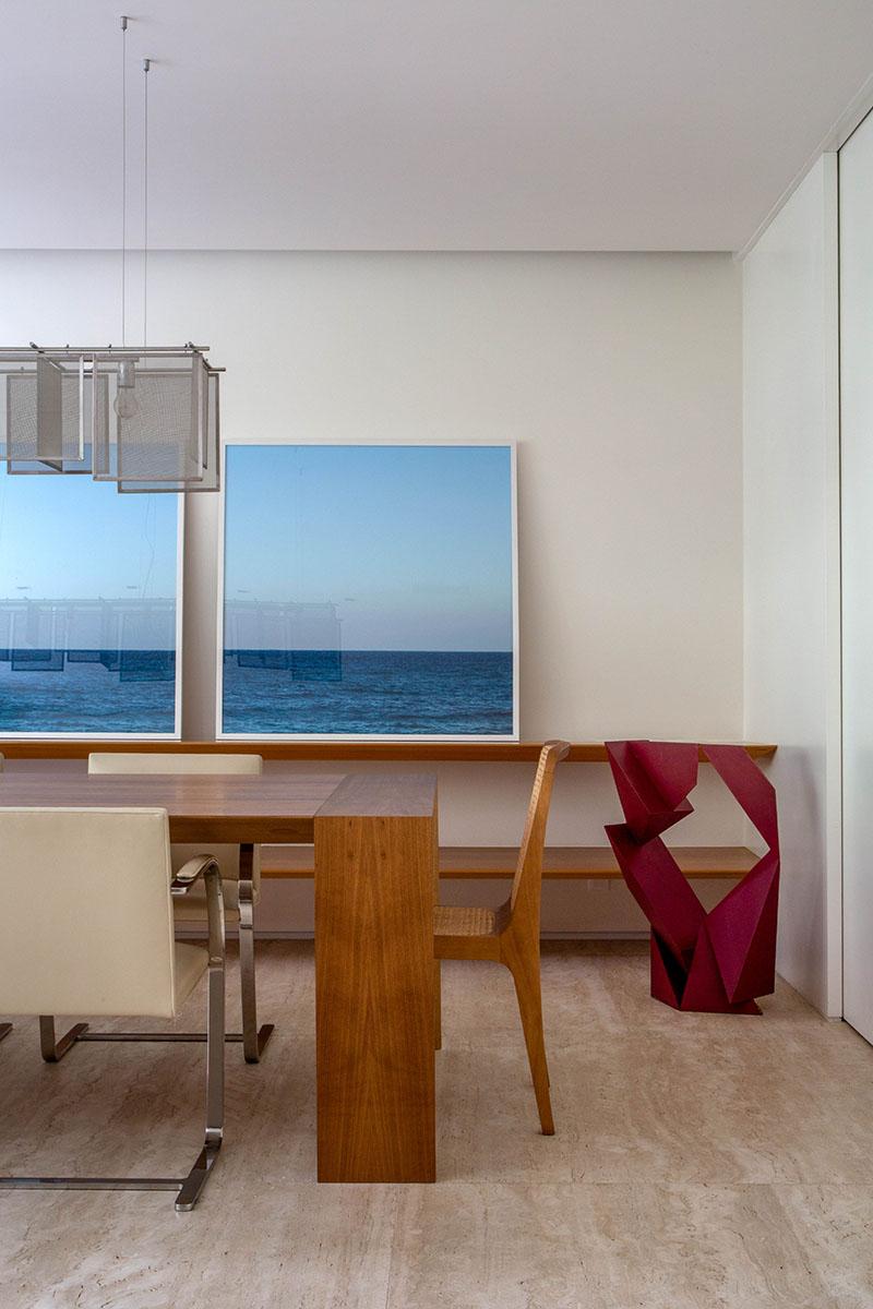 04-tons-neutros-e-pecas-de-design-compoem-o-decor-de-apartamento-no-rio