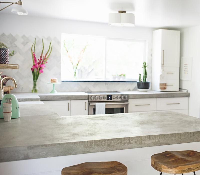 05-antes-depois-cozinha-construida-do-zero-cheia-de-tendencias