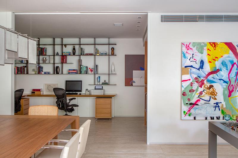 05-tons-neutros-e-pecas-de-design-compoem-o-decor-de-apartamento-no-rio