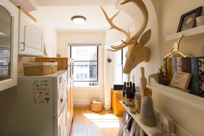 05-truques-para-cozinhas-pequenas-que-este-ambiente-ensina