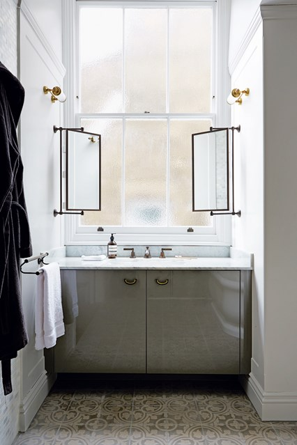 0504-banheiros-lavabos-com-decor-fora-obvio