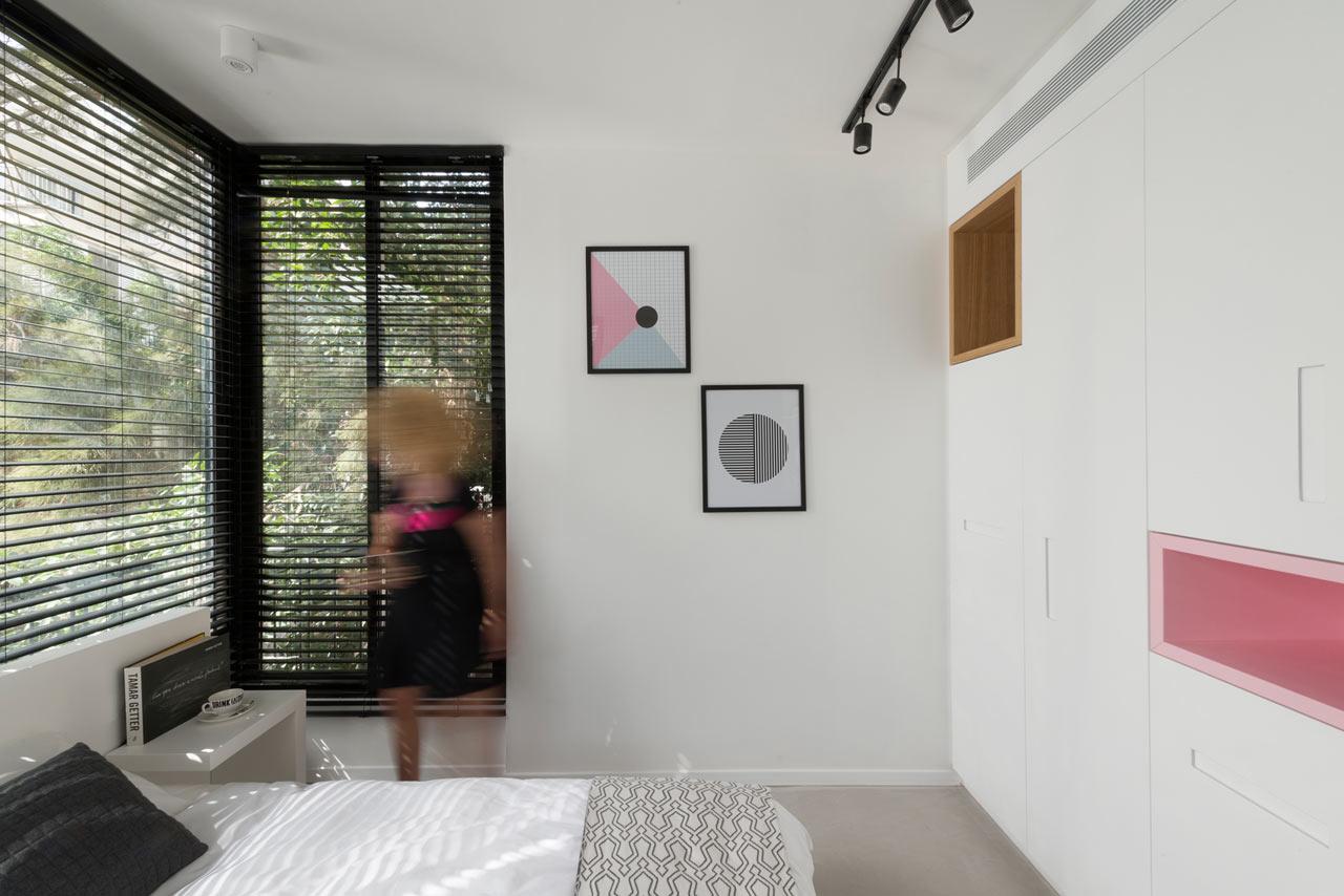 06-nichos-coloridos-dao-cara-nova-a-apartamento-em-tel-aviv