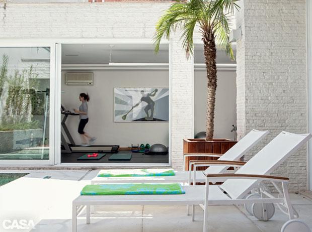 06-piscina-academia-spa-diversao-em-casa-e-tendencia