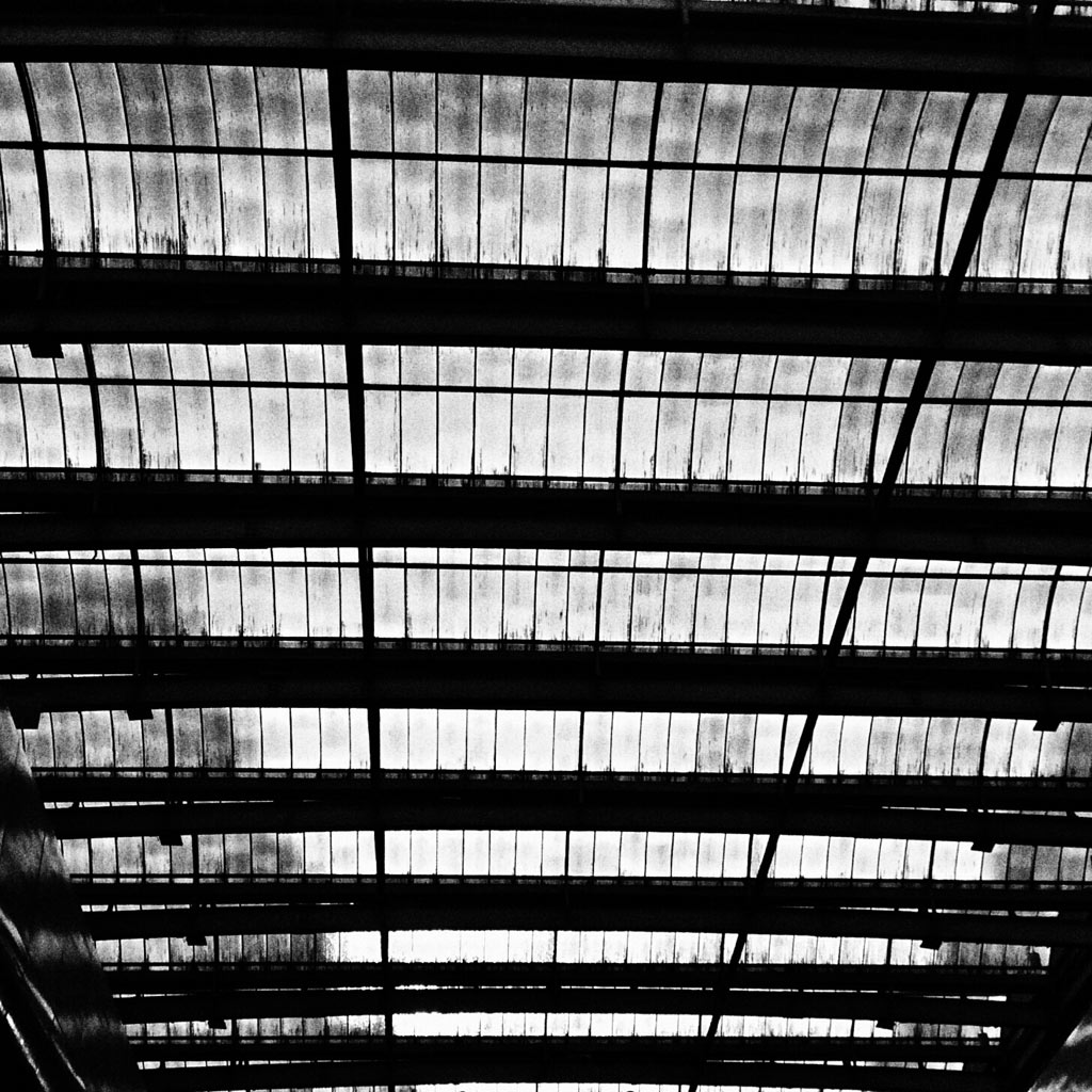08-fotografo-captura-detalhes-da-metropole-na-serie-sao-paulo-cinza
