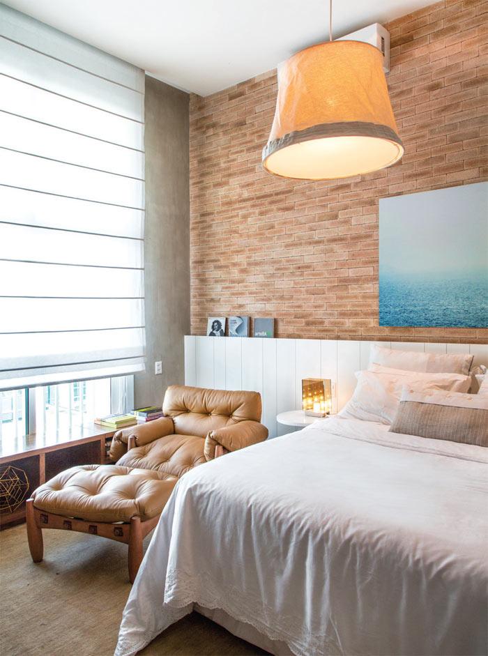 08-loft-de-100-m2-no-rio-tem-mix-de-madeira-e-tijolinho