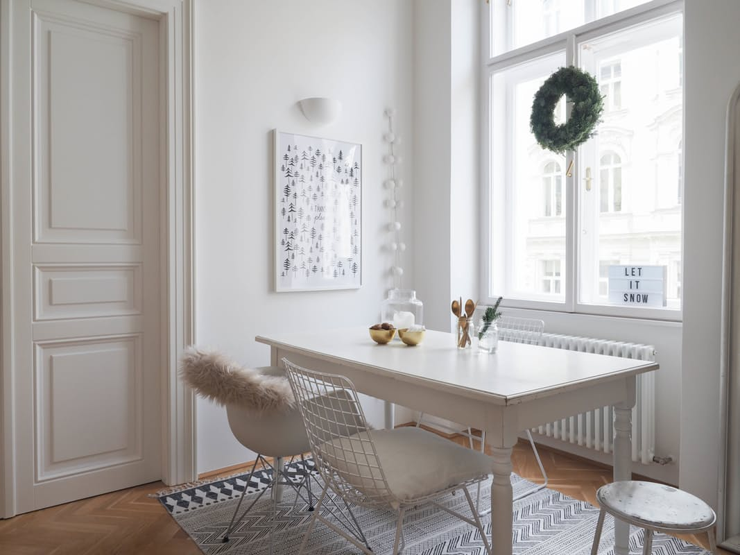 09-apartamento-com-estilo-escandinavo-decorado-para-o-natal