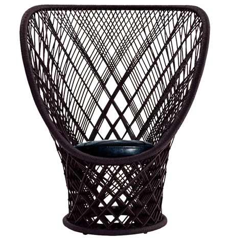 Cadeira retrô Pavo Real, da Driade.