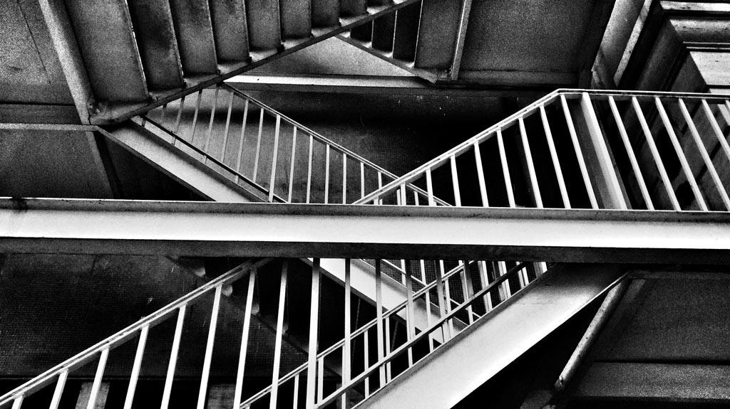 15-fotografo-captura-detalhes-da-metropole-na-serie-sao-paulo-cinza