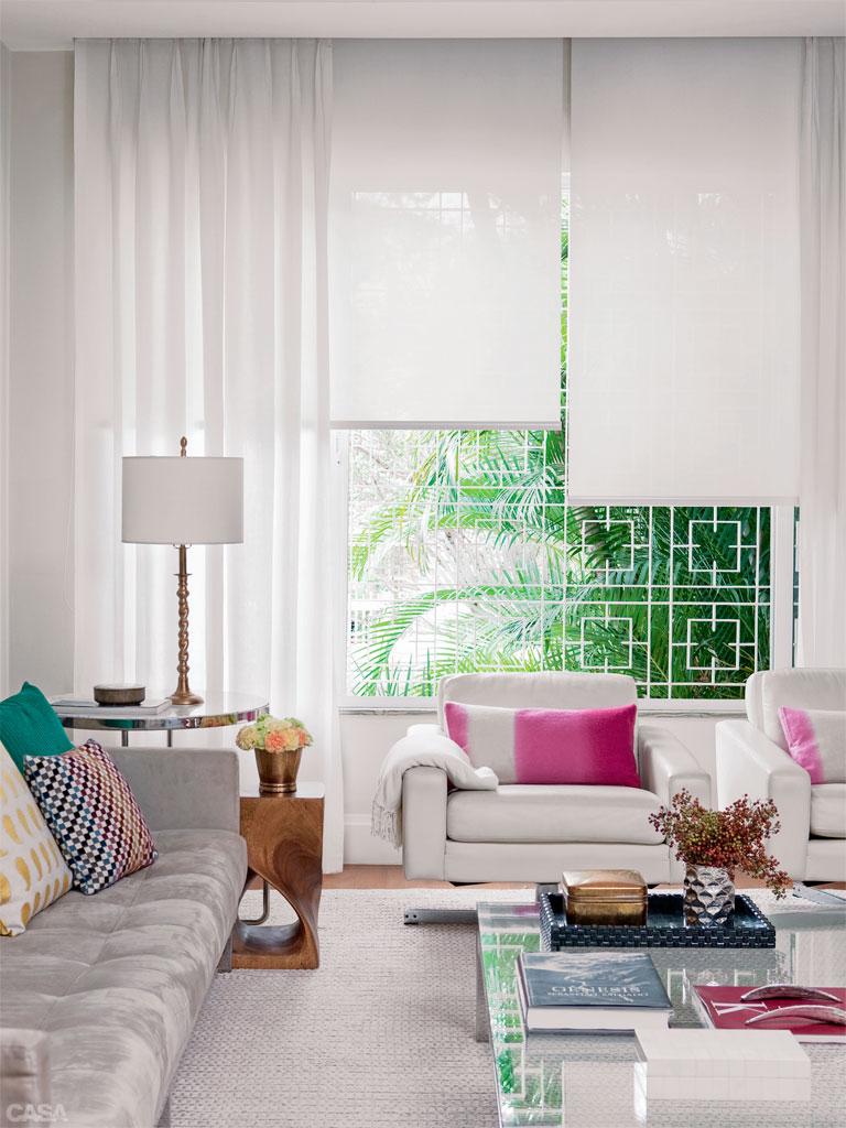 persiana rolo tela solar com cortina