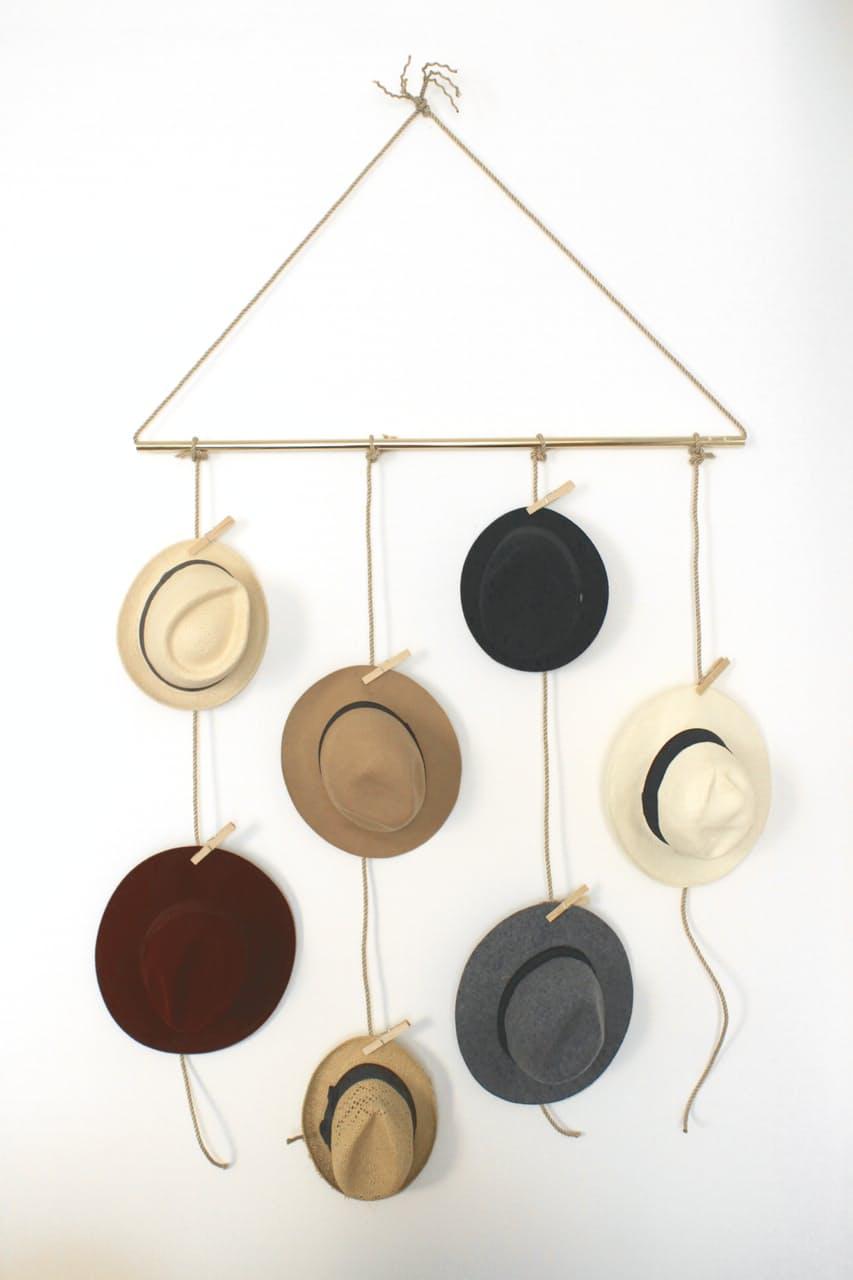 1maneiras-de-decorar-a-casa-com-chapeus