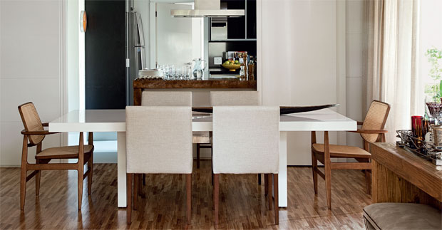 2-seis-salas-de-jantar-integradas-a-outros-ambientes-da-casa