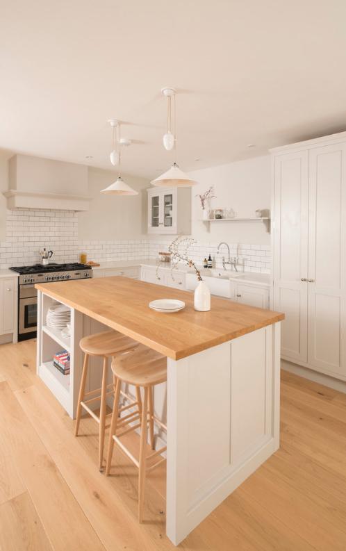 2-inspiracao-do-dia-cozinha-minimalista-ampla-e-clara