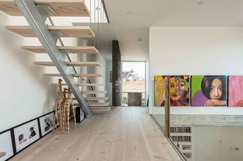 4-ambientes-integrados-e-espaçosos-com-farta-iluminação-natural