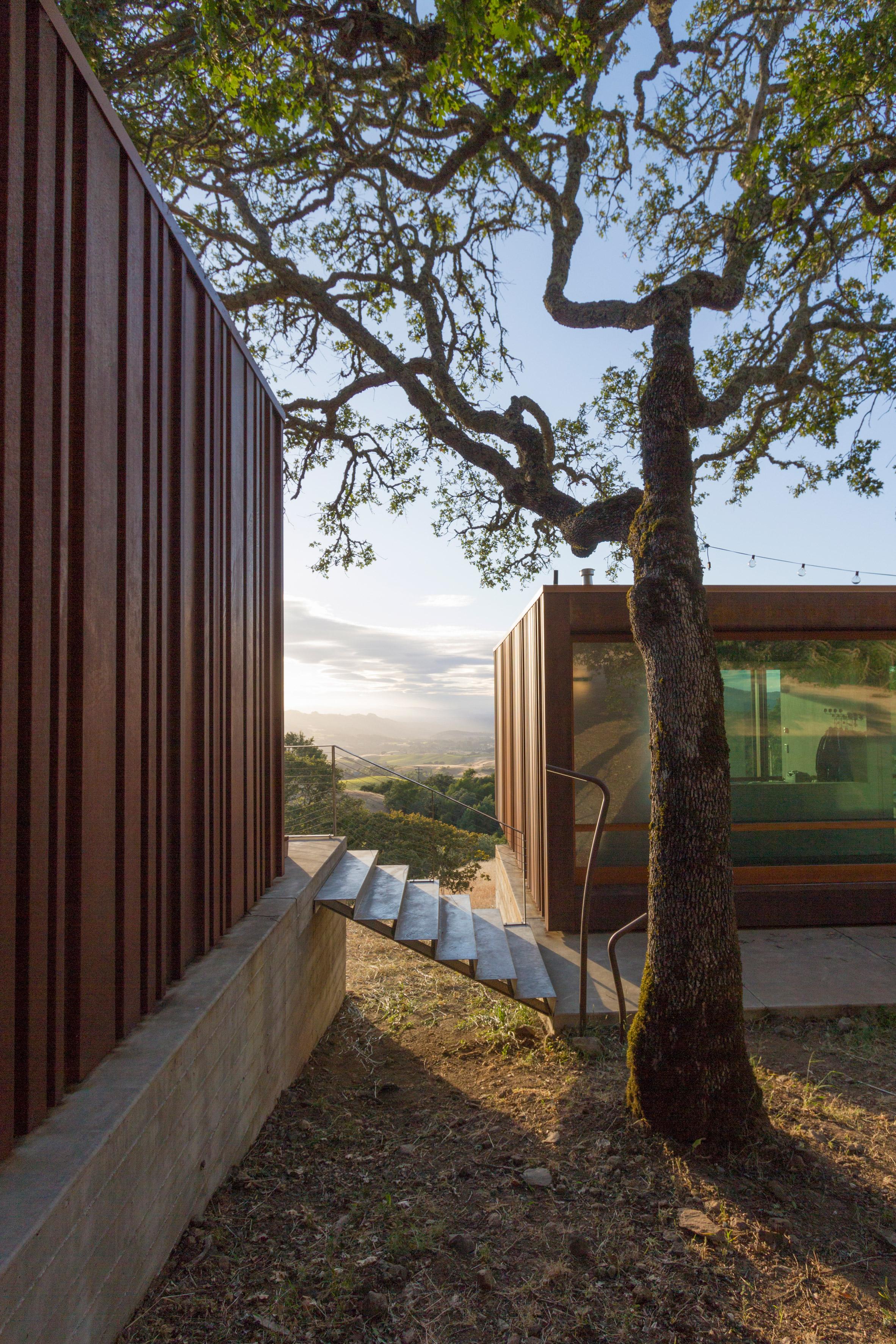 4-casa-na-california-e-feita-de-modulos-de-aco-pre-fabricados