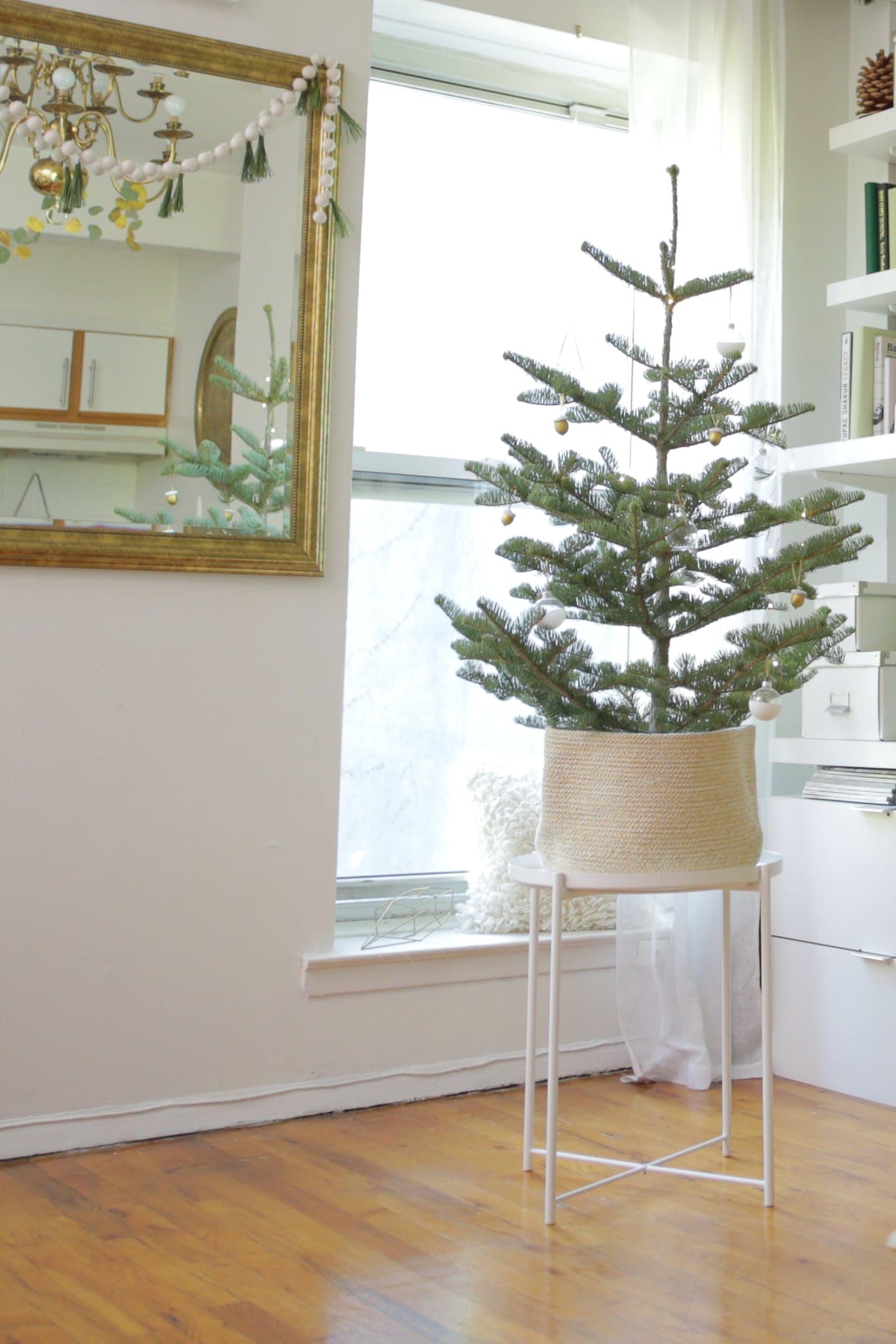 4-sala-decorada-para-o-natal-em-estilo-escandinavo