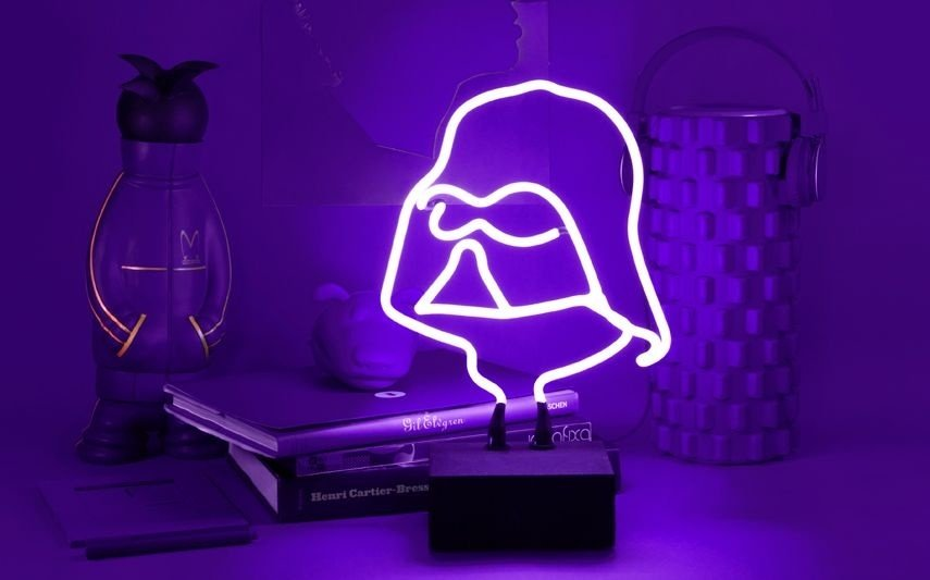 5-objetos-de-neon-ganham-destaque-na-decoração