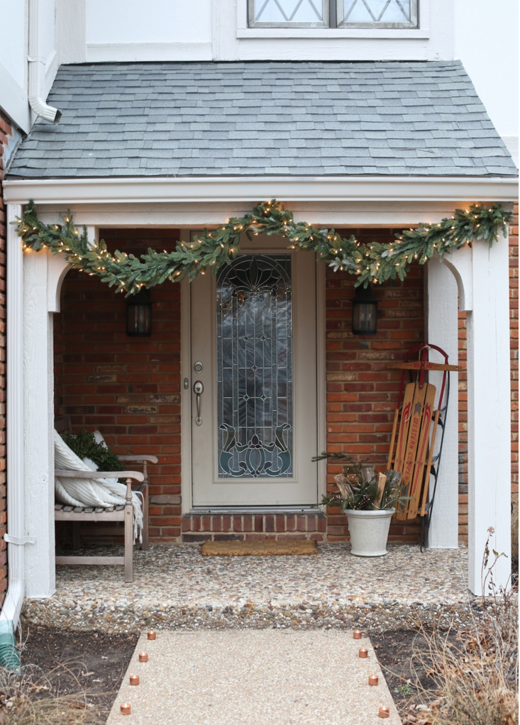 6-decoracoes-de-natal-discretas-para-a-fachada-de-casa