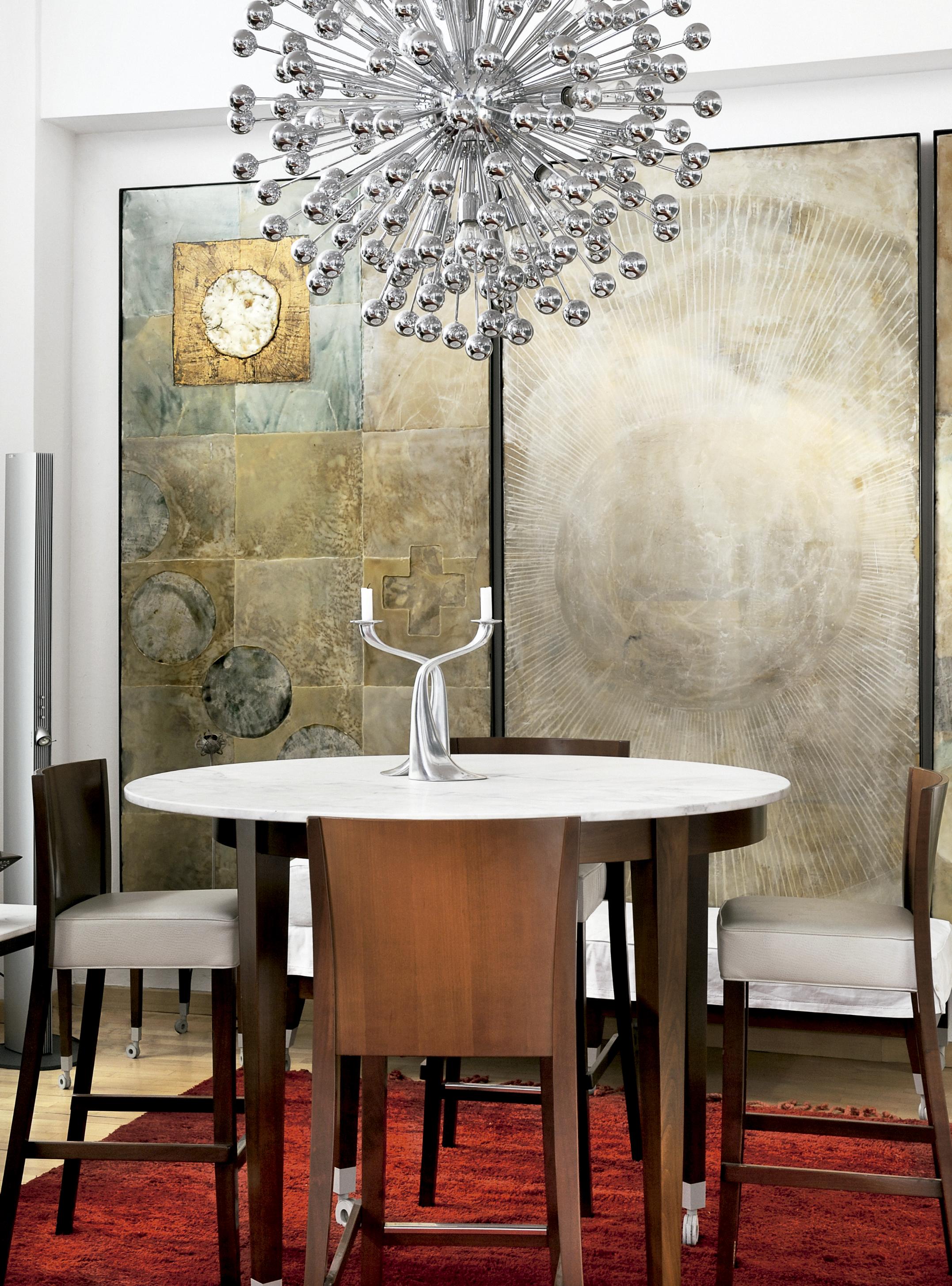 6-apartamento-com-design-original-e-arte-em-milao