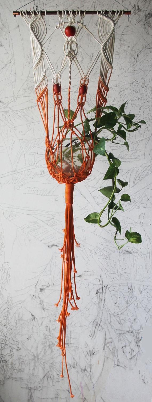 5-como-decorar-usando-trepadeiras-e-vasos-pendurados