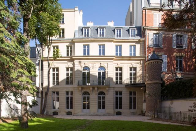 4-novo-museu-de-paris-conta-a-historia-do-perfume-com-exibicoes-sensoriais