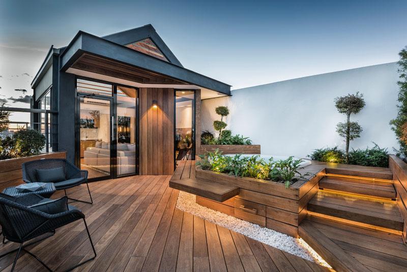 01-nesta-casa-o-rooftop-foi-transformado-em-espaco-para-a-familia