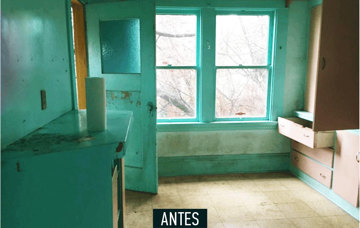 2-antes-e-depois-cozinha-e-reformada-e-fica-clara-e-arejada
