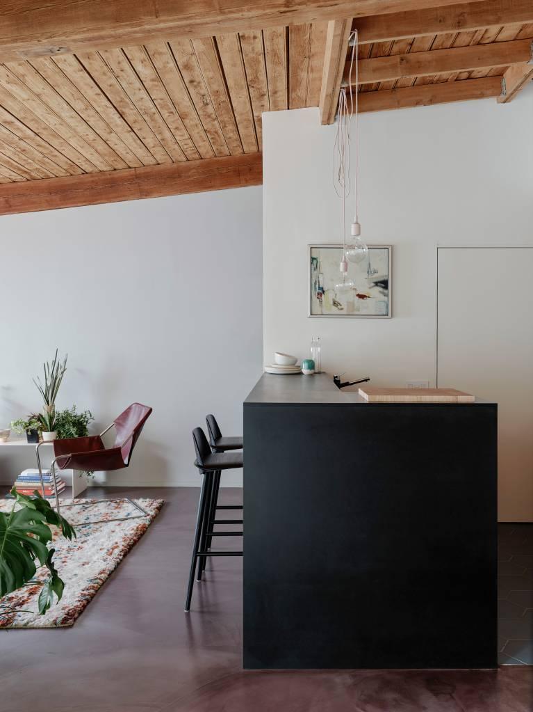 2-loft-com-ambientes-integrados-para-aproveitar-a-luz-natural