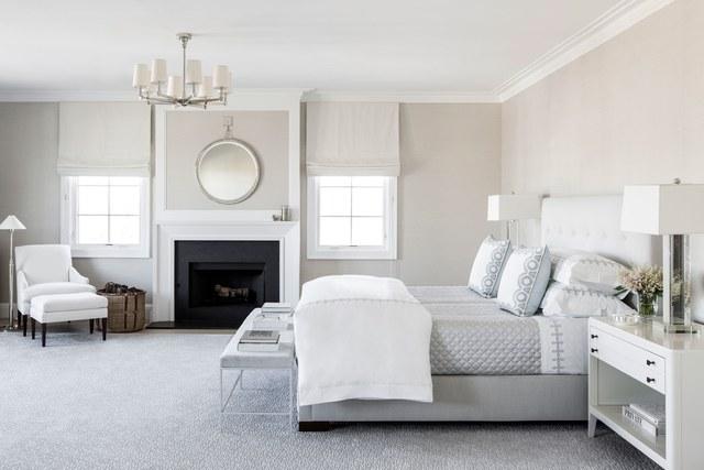 8-casa-em-beverly-hills-com-paleta-de-cores-neutra-pecas-de-design-quarto
