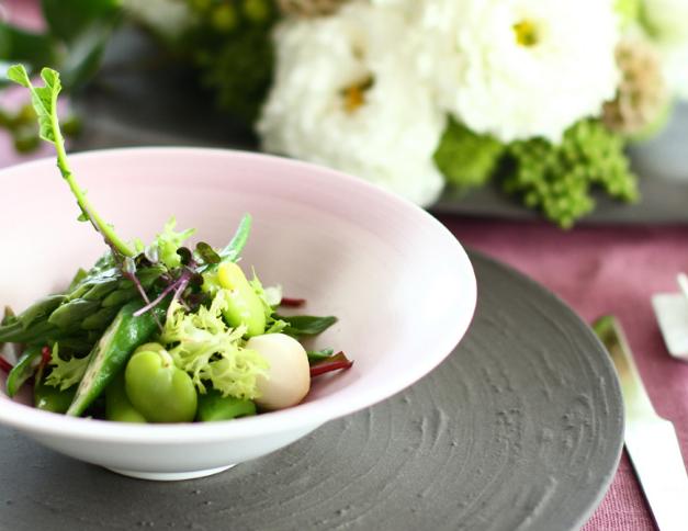 O bowl da Arita Porcelain Lab aposta no design atual.