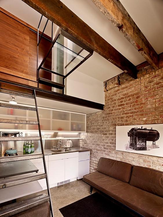 4-antiga-caldeira-e-transformada-em-uma-pequena-casa