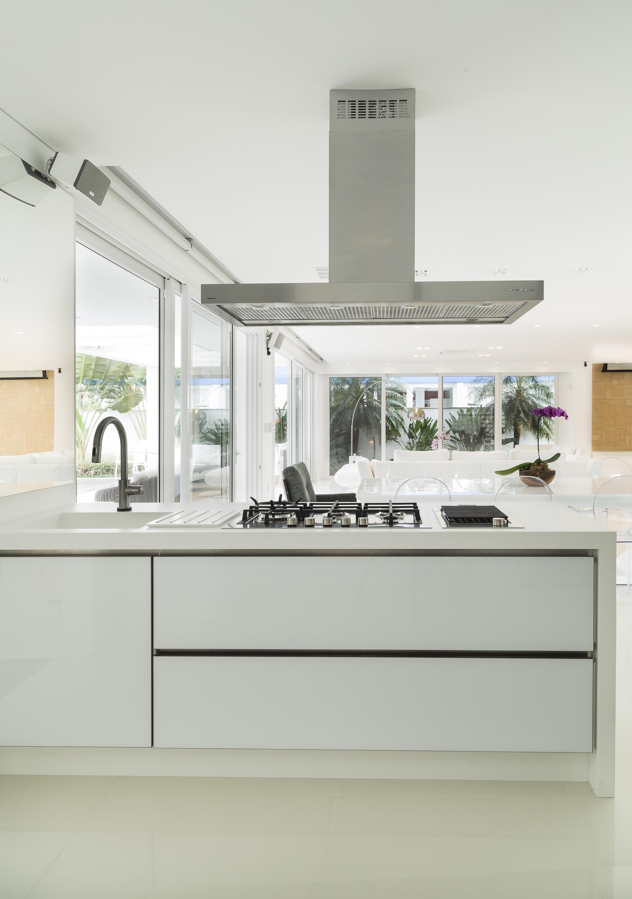 Cozinha integrada com sala de estar