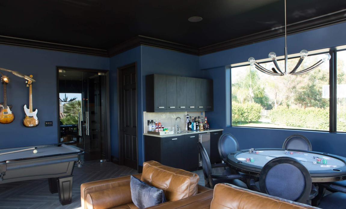 Sala de lazer azul