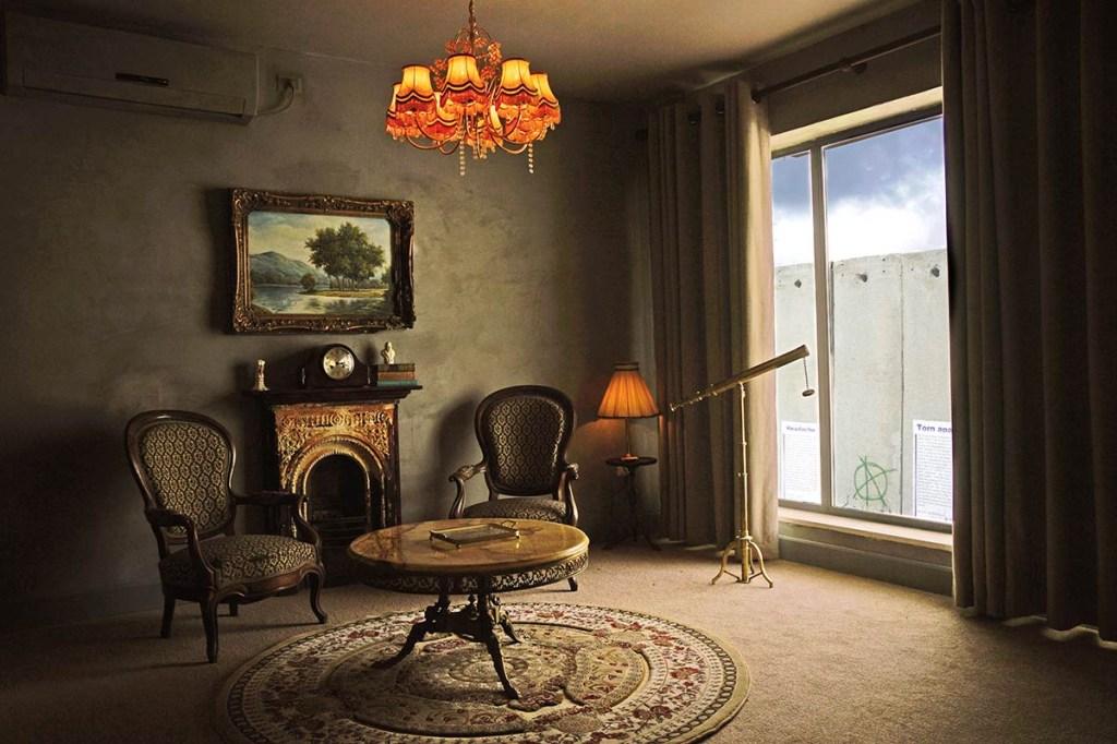 08-the-walled-off-bansky-inaugura-hotel-de-arte-na-palestina