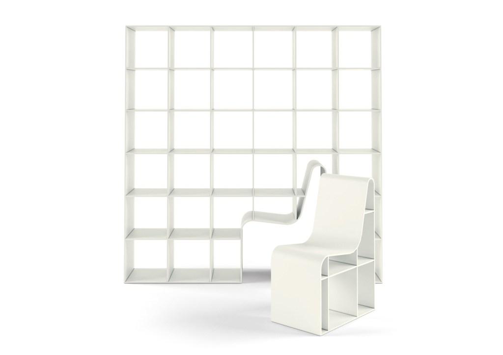 Estante com cadeira encaixável