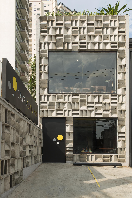 Galeria Almeida Prado inaugura showroom em São Paulo