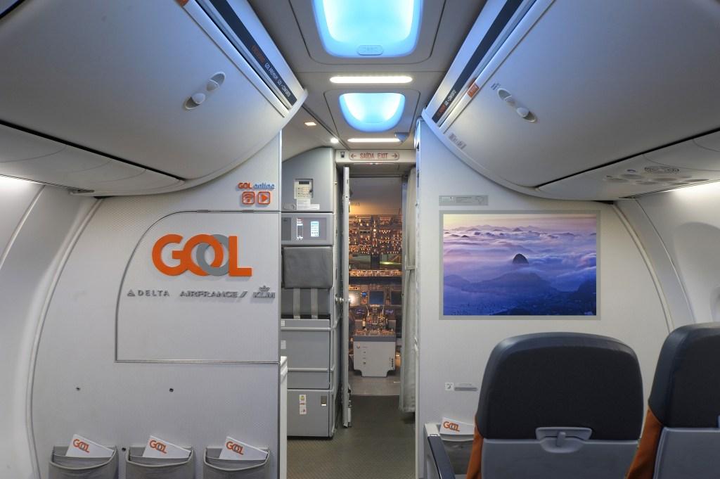 GOL lança primeira exposição de arte a bordo do mundo