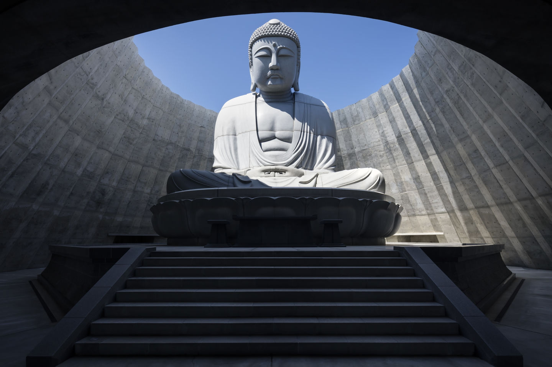 tadao-ando-estatua-buda
