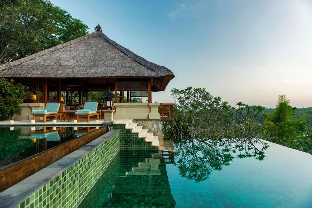 Amandari, em Bali: o melhor hotel somente com suítes.