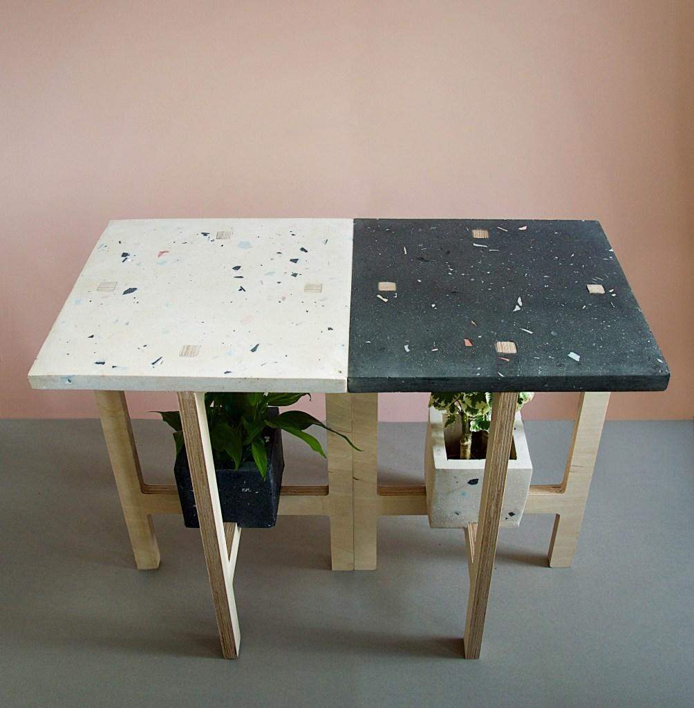 Projetado para maximizar o verde dentro de espaços pequenos, o Open Garden é composto por bancos e mesas multifuncionais