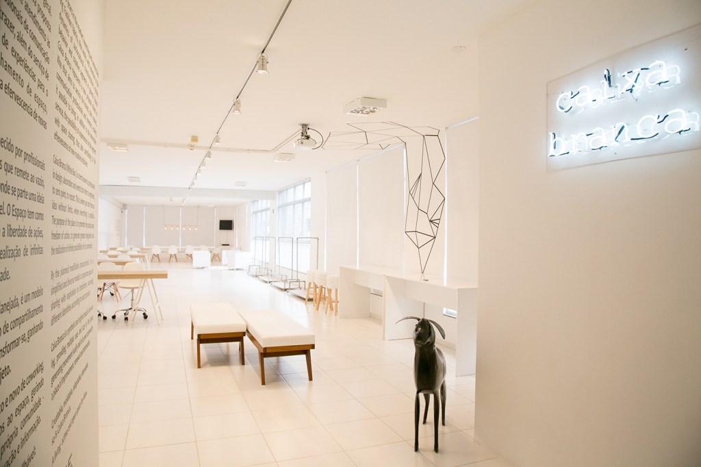 No bairro do Bom Retiro, o Caixa Branca foi pensado para se adaptar aos mais diversos usos e tipos de evento