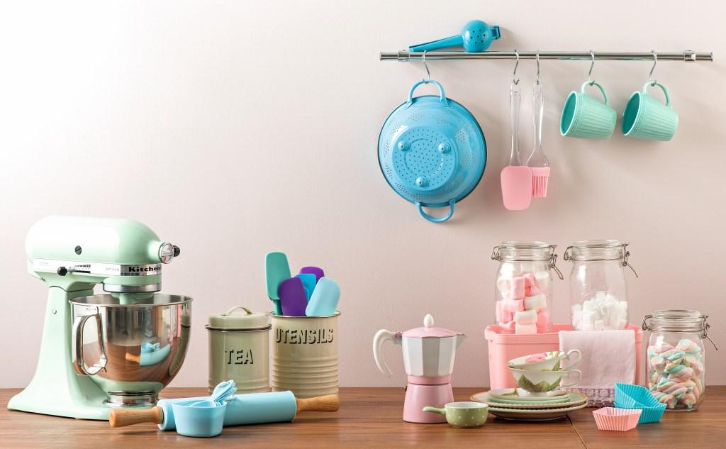 Produtos de cozinha candy colors