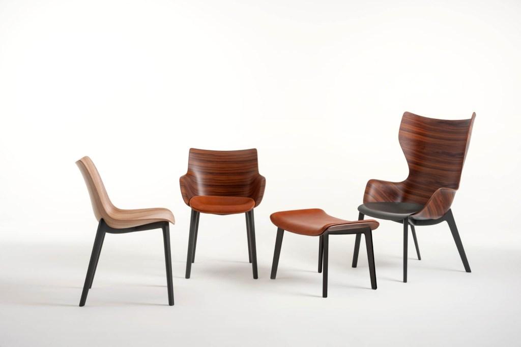 Woody, com duas cadeiras, uma poltrona e uma banqueta, é assinada pelo designer francês para a Kartell